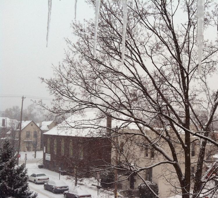 tlh_snow2
